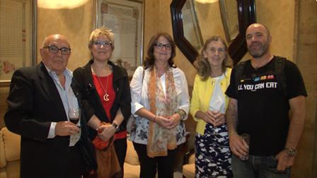 El equipo directivo de ASISPA, Gorry y Teresa Oñate