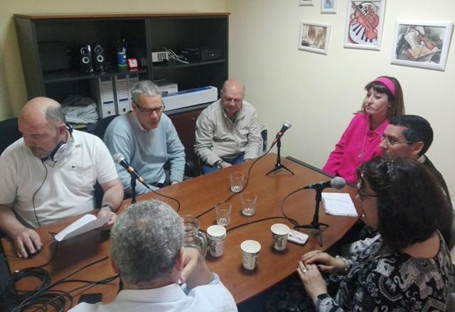 HERMANDAD ENTRE RADIOS REALIZADAS POR  PERSONAS  EXTRAORDINARIAS.