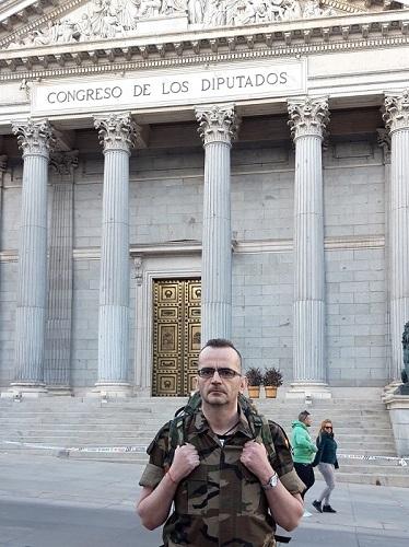CARNE DE CAÑÓN EN LAS PUERTAS DEL CONGRESO.